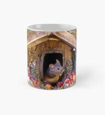 festive christmas mouse in a log cabin house Classic Mug