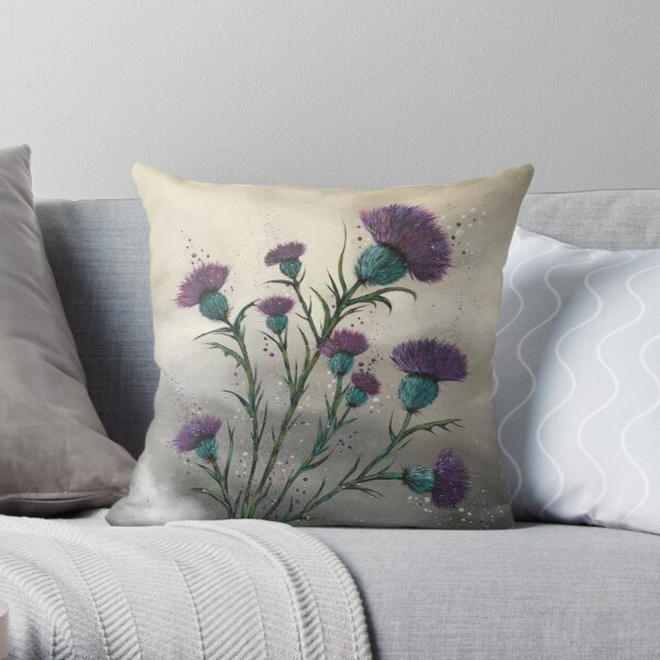 Scottish traditional purple thistle  Throw Pillow
