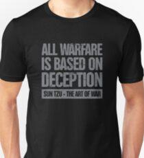 Die Kunst des Krieges von Sun Tzu - Täuschung Geschenk Unisex T-Shirt