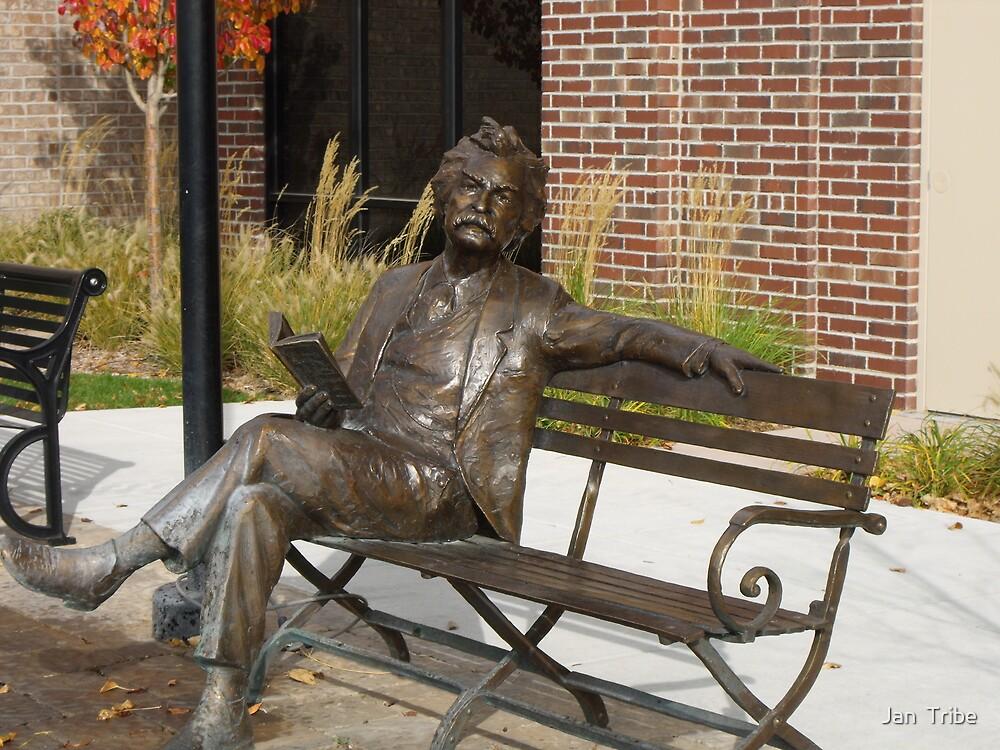 Mark Twain Statue #1 by Jan  Tribe