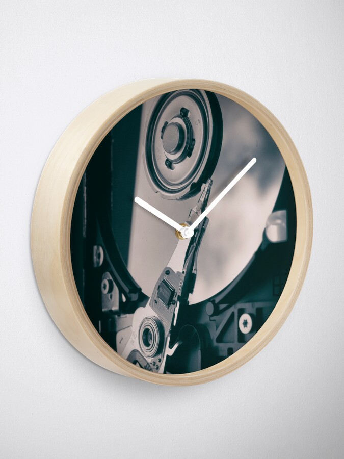 Alternate view of PC Hard Disk  Clock