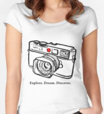 Leica M9 red dot rangefinder camera Women's Fitted Scoop T-Shirt
