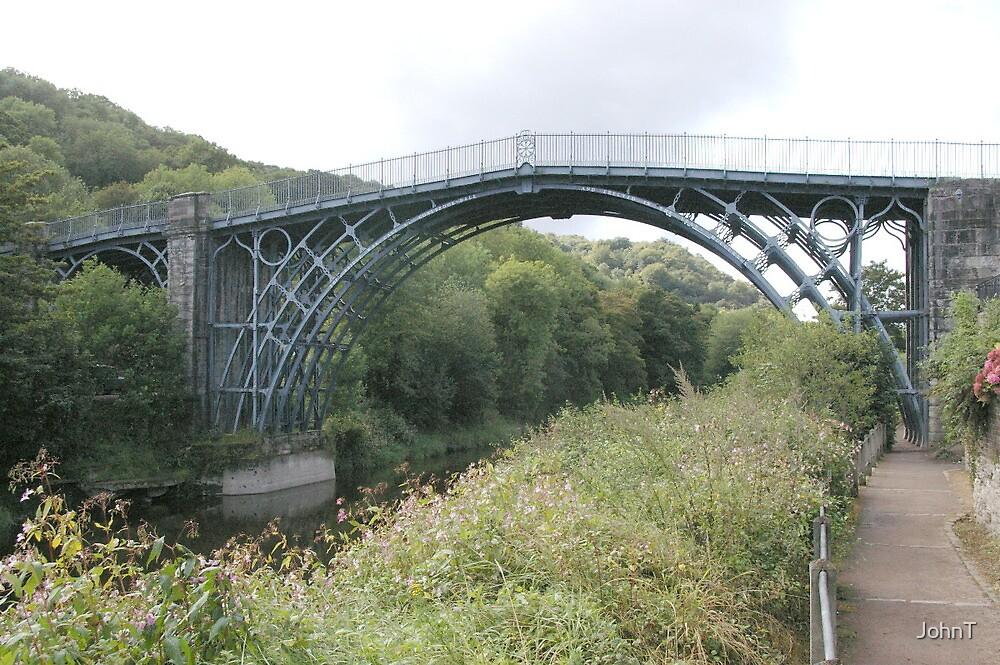 The iron bridge, Ironbridge, Shropshire by JohnT