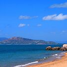 Picnic Bay - Magnetic Island - Queenland by Paul Gilbert