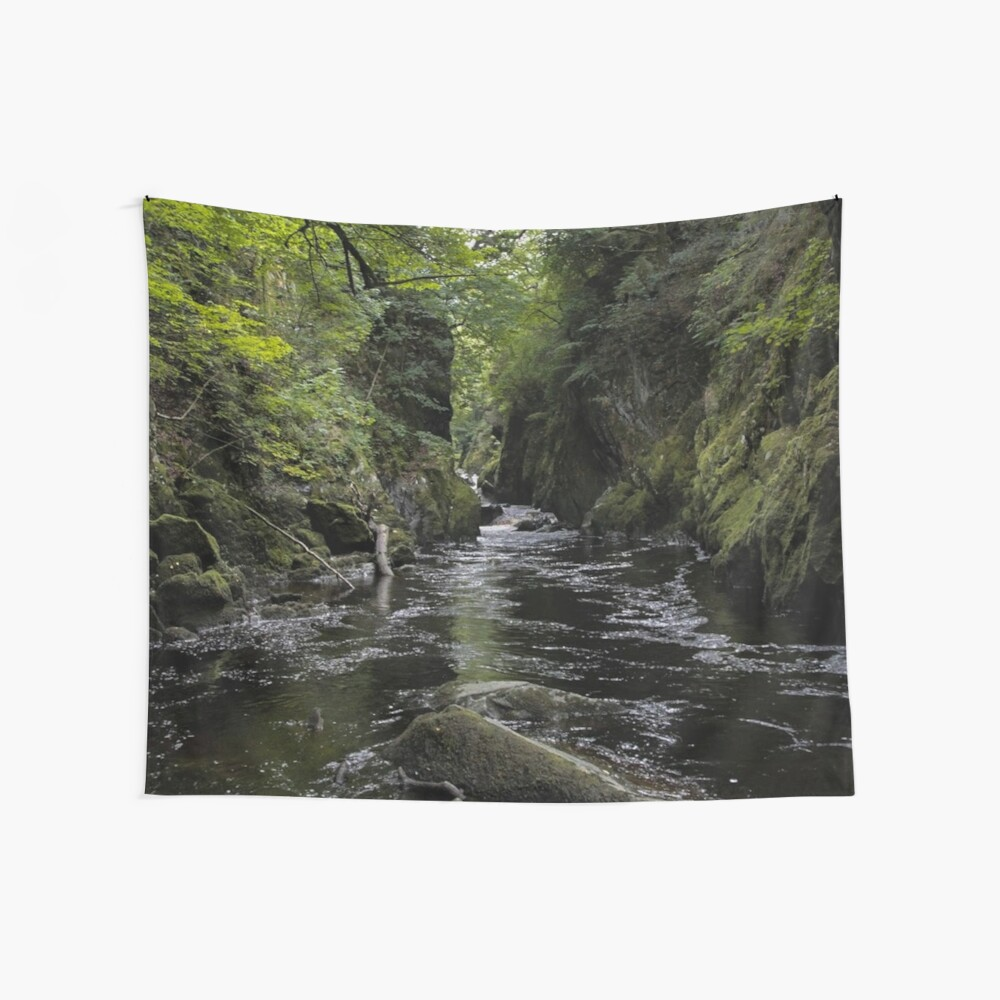 Green Calm River Wall Tapestry