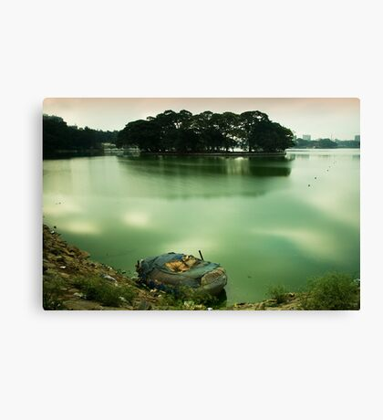 Yes. It does float. Canvas Print