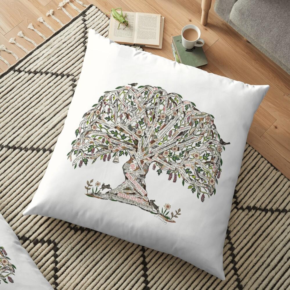 Árbol de Shakespeare por el arte de Sue Trickey Cojines de suelo