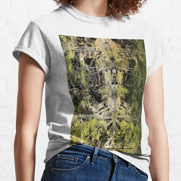 Nature's Fractal: Northwest Bay Brook, NY Classic T-Shirt