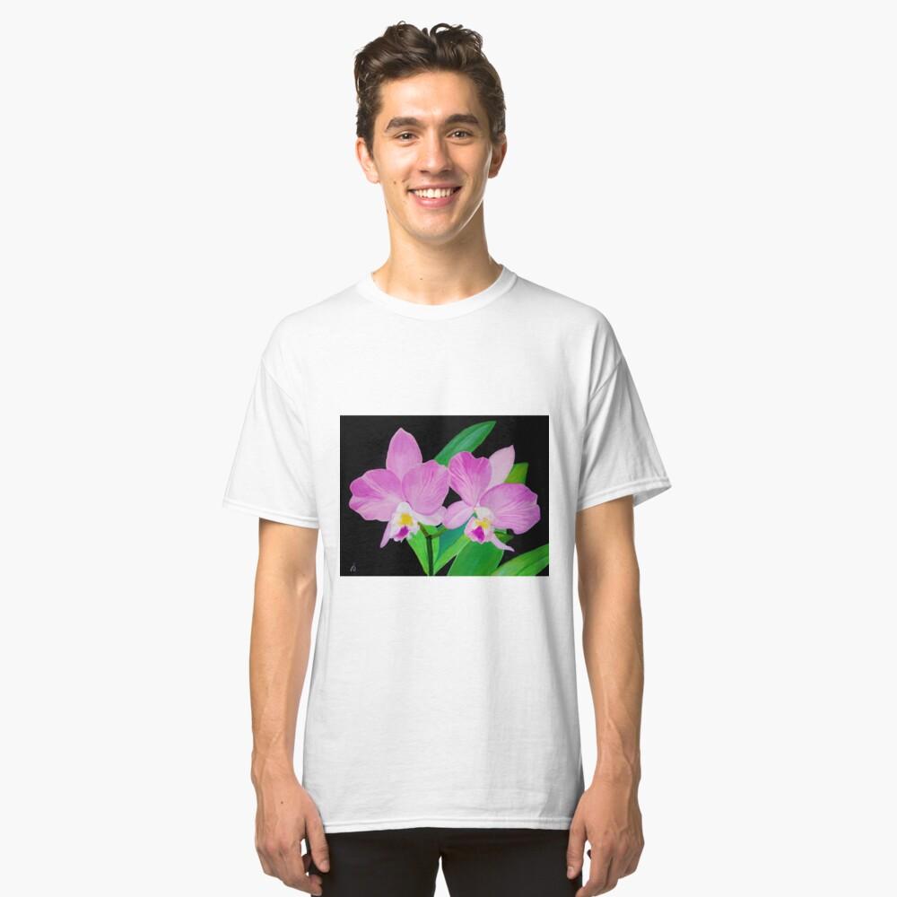 Rosa Blumen In Schwarz Classic T-Shirt Vorne