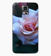 Blushing Pink Rose Case/Skin for Samsung Galaxy