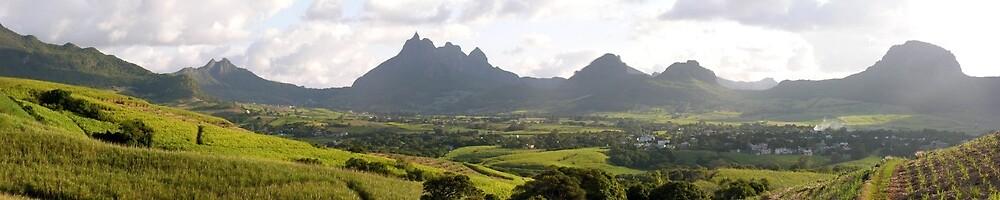 a large Swaziland  landscape by beautifulscenes