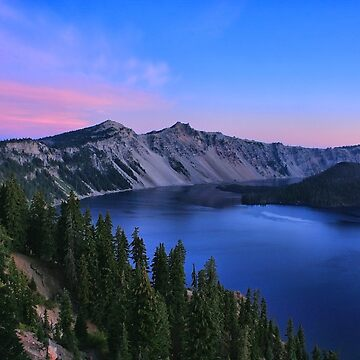Morning at Crater Lake by amckinnell