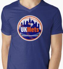 UKMets City Men's V-Neck T-Shirt