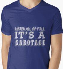 Camiseta para hombre de cuello en v Sabotaje