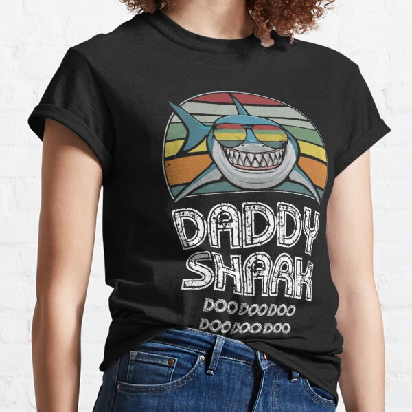 Daddy Shark Retro - Para impresión oscura Camiseta clásica