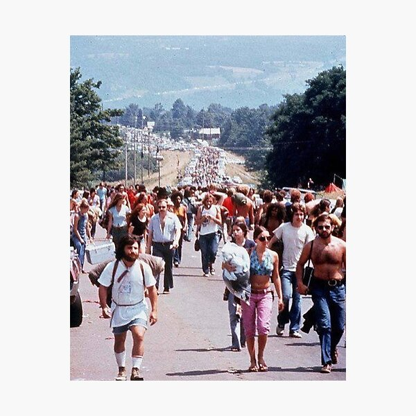 road to woodstock Photographic Print