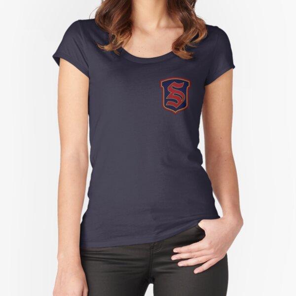 Legados - Salvatore Boarding School Crest Camiseta entallada de cuello ancho