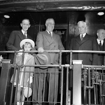 President Franklin Roosevelt Standing On Train - 1939 by warishellstore