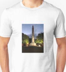 Dunedin ANZAC Cenotaph Queens Gardens T-Shirt