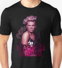 Top Design Magenta Kunst Slim Fit T-Shirt