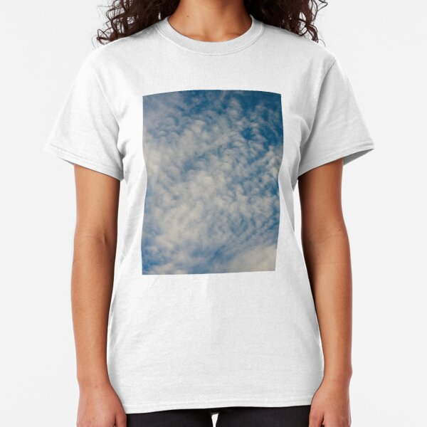 In the clouds Classic T-Shirt