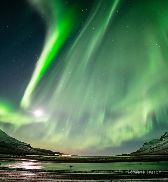 Aurora in Stöðvarfjörður by RonniHauks