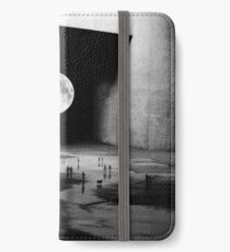 To the Moon iPhone Wallet/Case/Skin