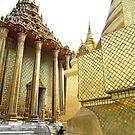 Big Golden Temple by vonb