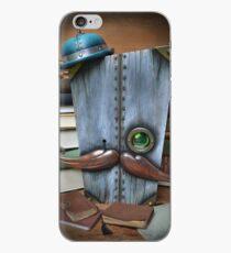 Oscar Lynchworthy ( Critic ) iPhone Case
