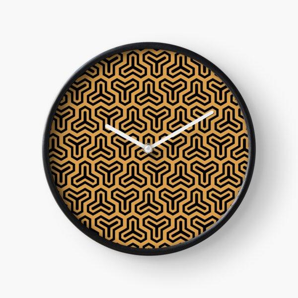 Geometric Pattern: Y Outline: Gold/Black Clock