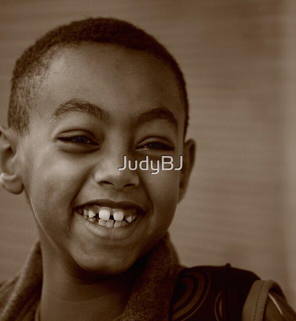 Happy little boy by JudyBJ