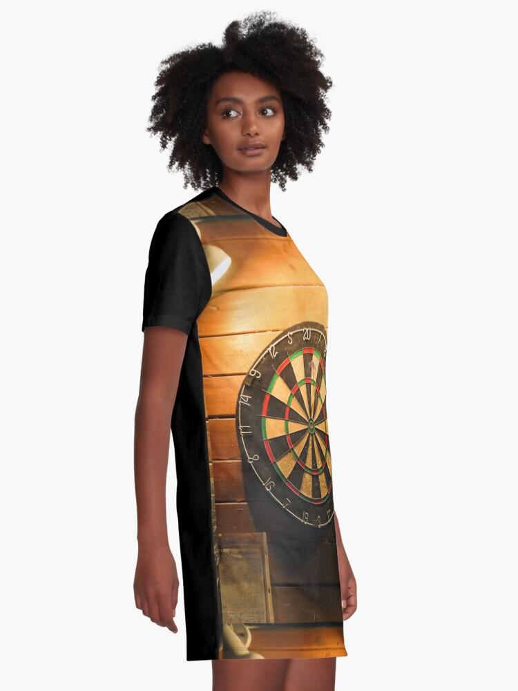 Alternative Ansicht von Pub-Dartscheibe T-Shirt Kleid