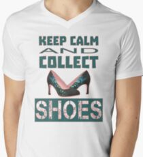 keep calm an collect shoes Men's V-Neck T-Shirt