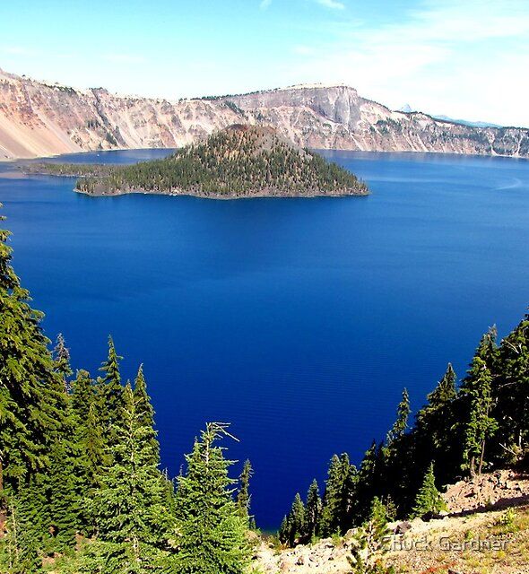 Crater Lake's Wizard Island  by Chuck Gardner