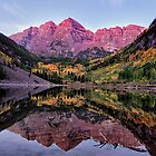 Autumn Morning at Maroon Bells by mikewheels