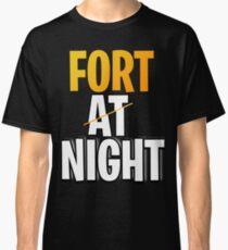 Camiseta clásica Fuerte en la noche