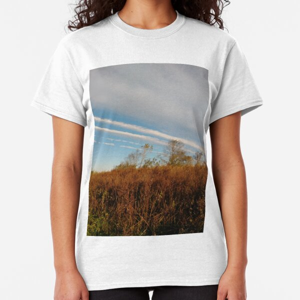 Autumn, Calvert Vaux Park, New York City, Brooklyn #Autumn #CalvertVauxPark, #NewYorkCity, #Brooklyn, Bay 44th St. &, Hunter Ave, Brooklyn, NY 11214, USA Classic T-Shirt