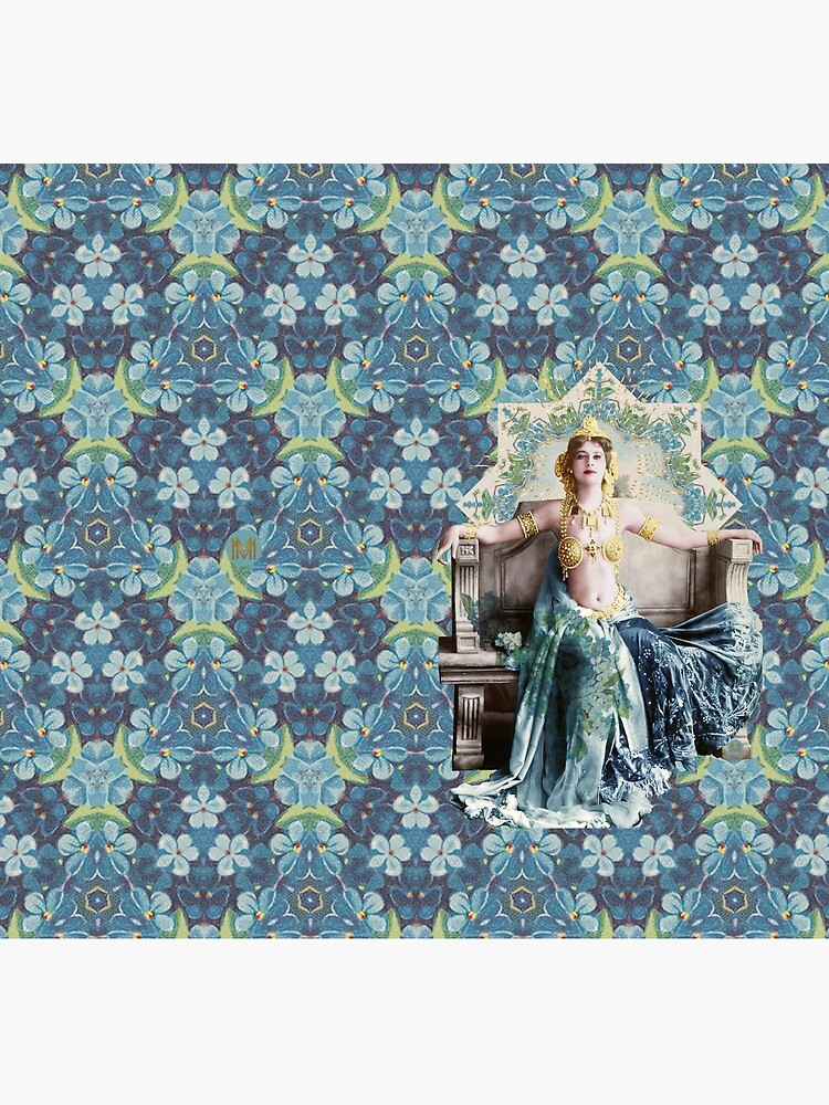 «Adrienne Femme Fractale» par lesmusesetmoi