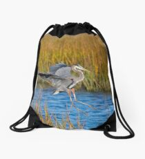 Great Blue Heron Landing on Stump Drawstring Bag