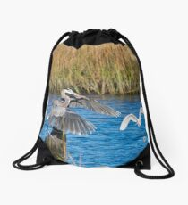 Great Blue Heron Landed Drawstring Bag