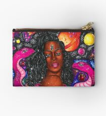 Eden Studio Clutch