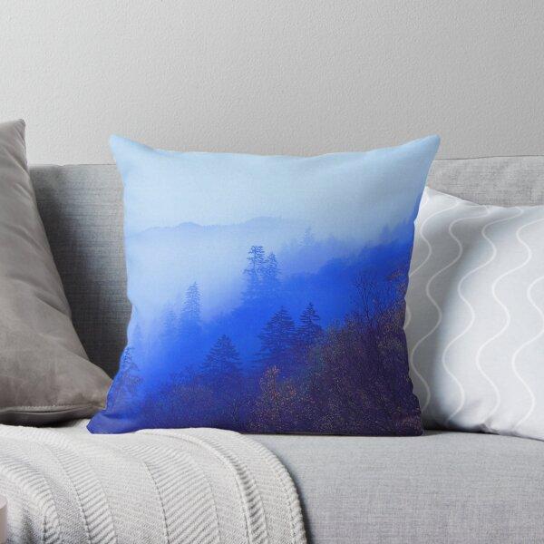 MOUNTAIN MIST Throw Pillow