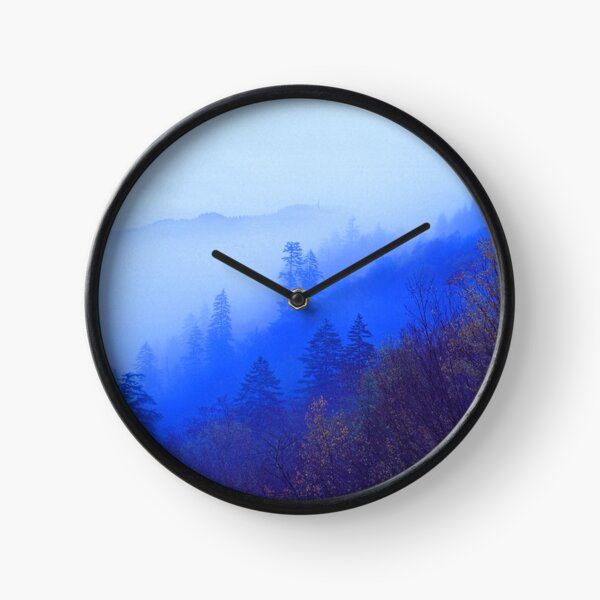 MOUNTAIN MIST Clock