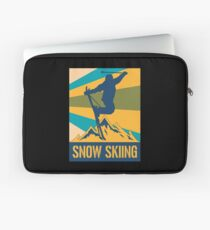 Skier Skiing Retro Winter Sports Mountains Sports Laptop Sleeve