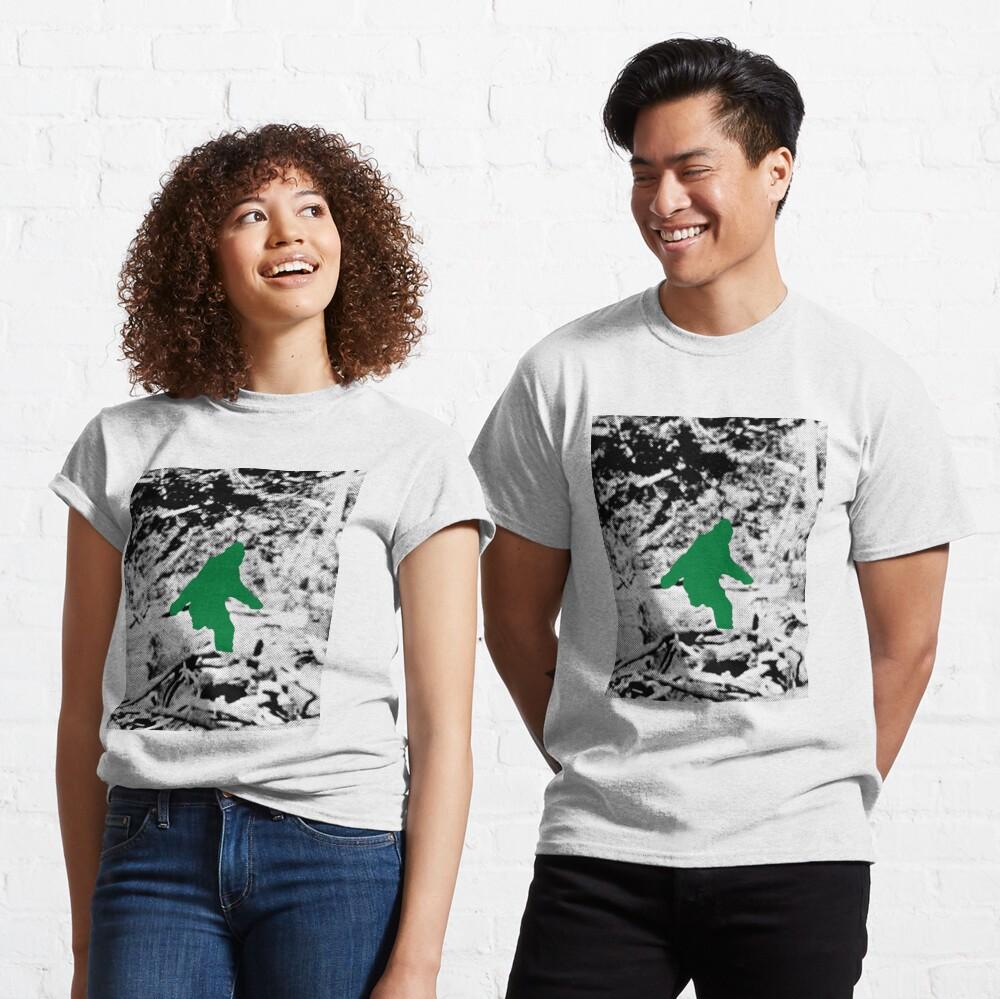 Bigfoot (Green) Classic T-Shirt