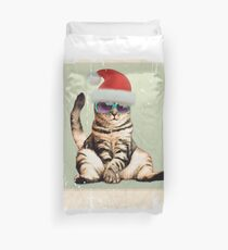 Distressed Funny vintage photo cat wearing a Christmas hat Duvet Cover