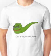 Ceci n'est pas une pepe Unisex T-Shirt