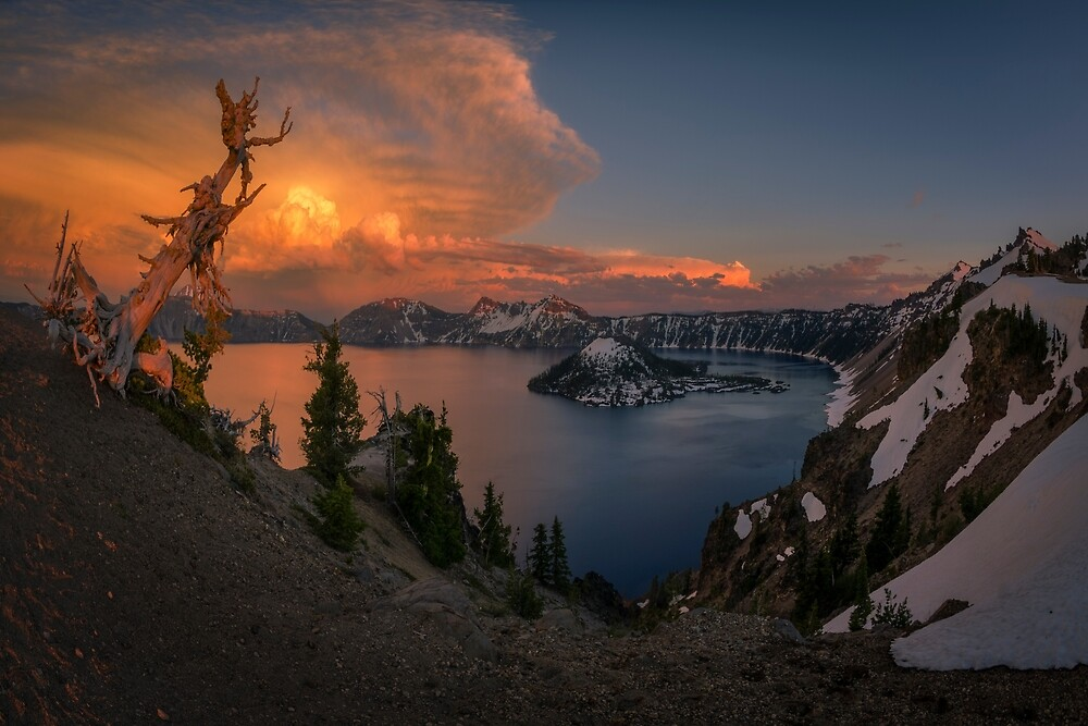 Crater Lake, Oregon by mattmacpherson