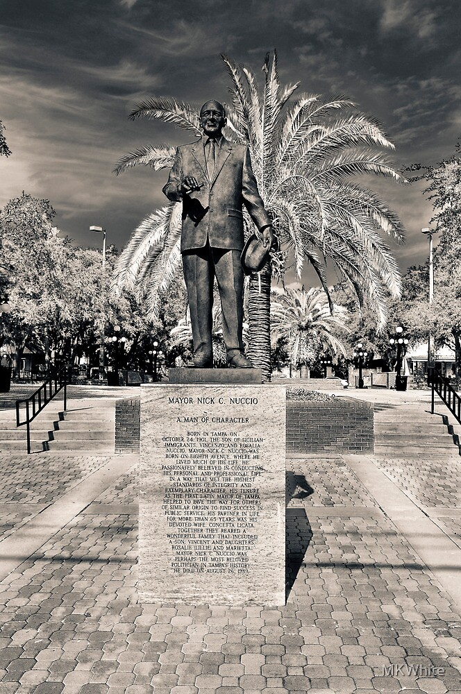 Statue of Mayor Nuccio HDR 1 by MKWhite