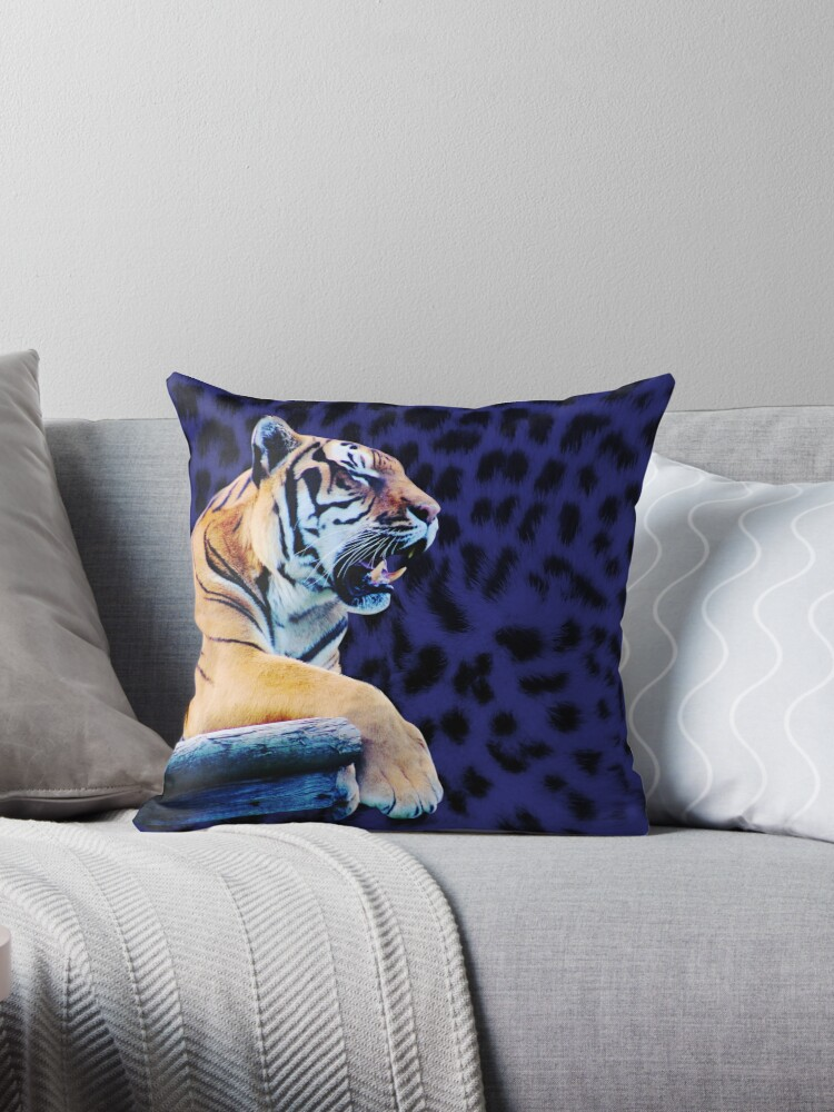 Roaring Tiger on leopard print by chihuahuashower